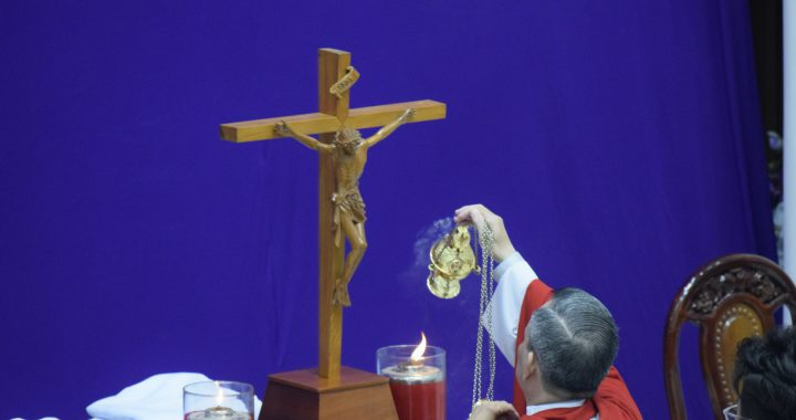 Thứ Sáu Tuần Thánh – Suy Tôn Thánh Giá – 2021